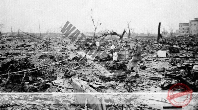 Фотография немецккого города после бомбежки