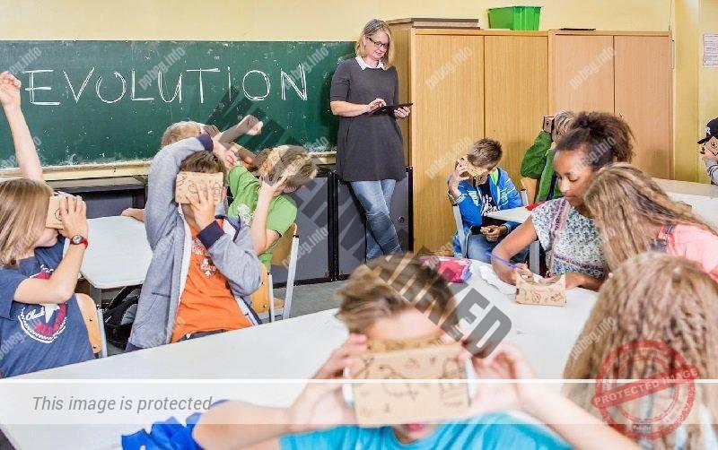 Дети на уроке в немецкой школе